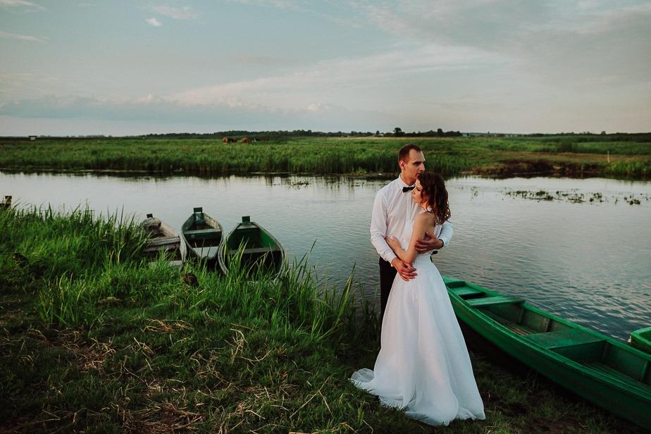 MAGDALENA & DAREK | SESJA PLENEROWA ROZLEWISKO NARWI 30